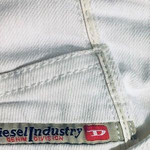 Diesel Jeans - 🌻distressed diesel jeans